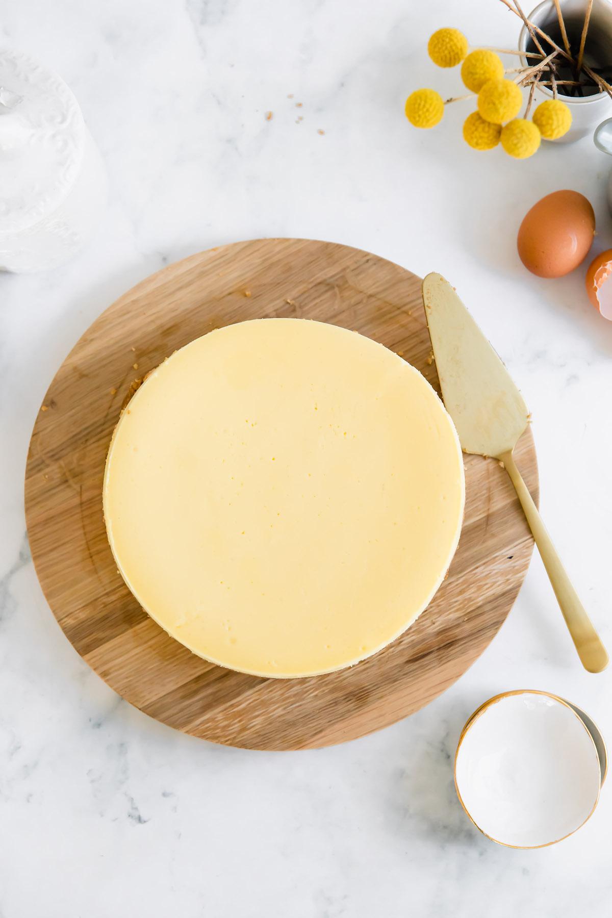 ny cheesecake overhead shot