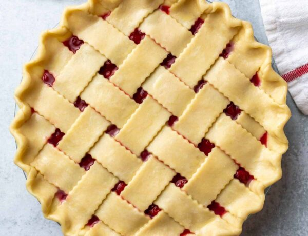 unbaked cherry pie