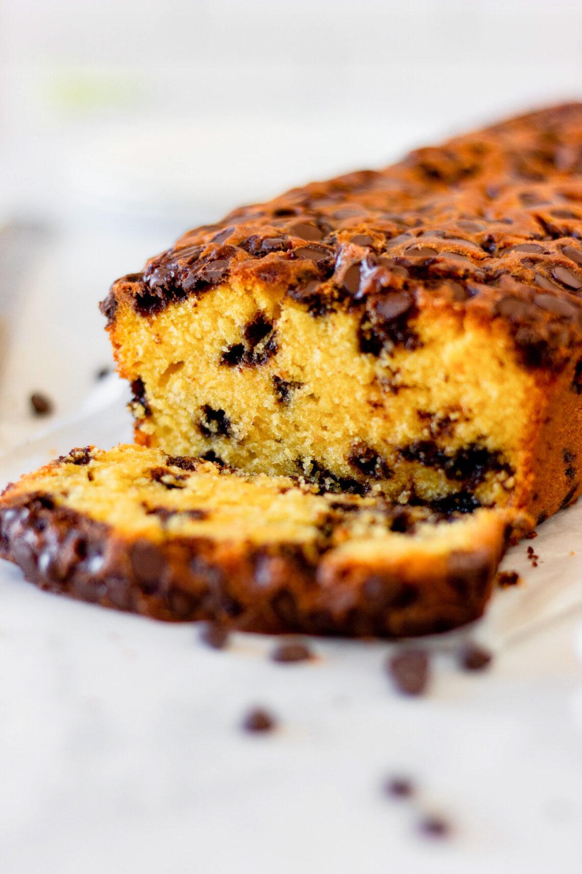 slice of pumpkin chocolate chip bread